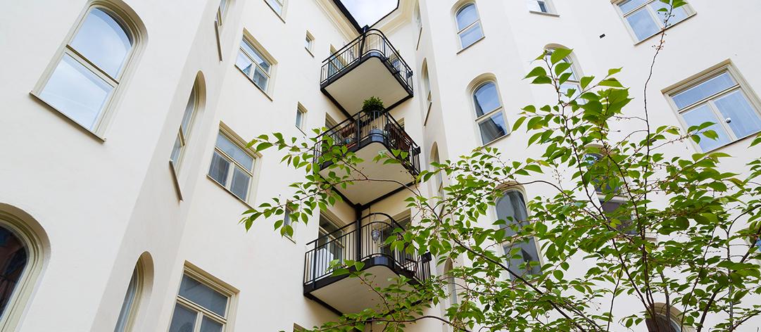 Att bygga ny balkong ökar värdet.